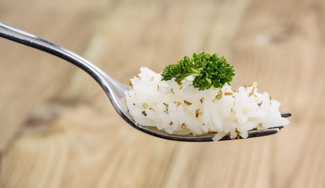 sonar-con-comer-arroz