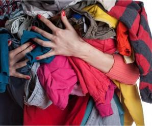 Soñar con ropa sucia y andrajosa