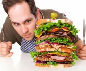 Soñar con comer en exceso
