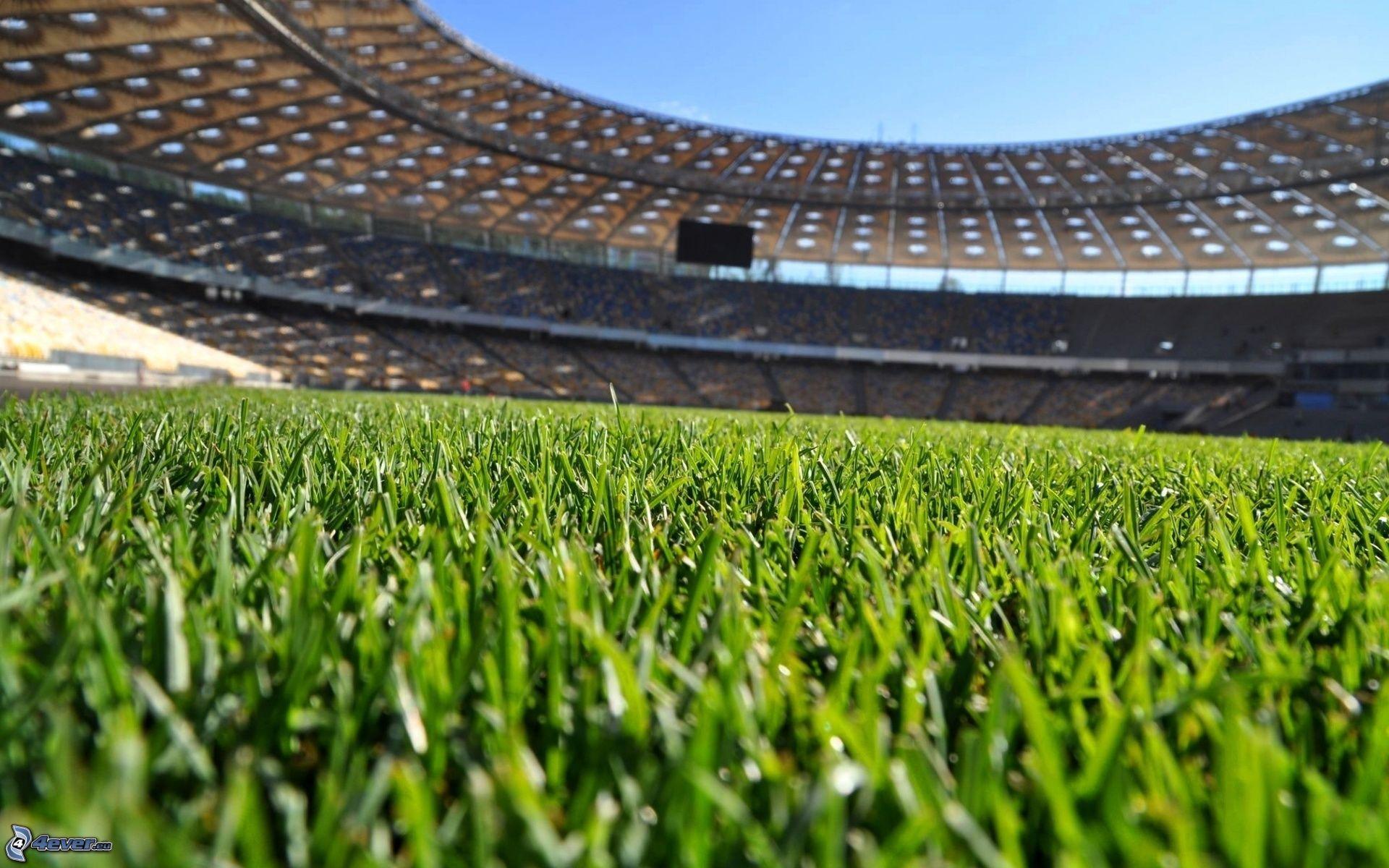 Soñar con campo de fútbol